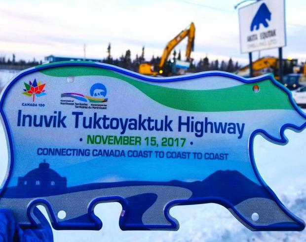 Inuvik-Tuktoyaktuk Highway Opening License Plate